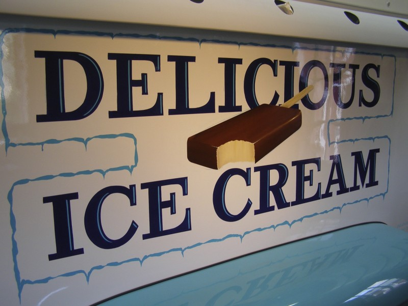 Classic Ice Cream truck lettering